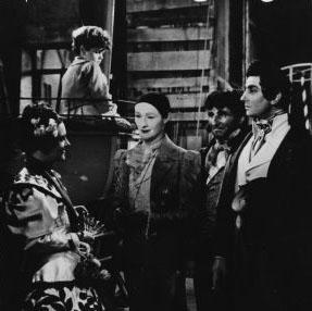 LES ENFANTS DU PARADIS de Marcel Carné (1944).