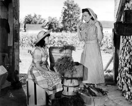 Le bon voisinage : Janette Bertrand et Lucie Mitchell