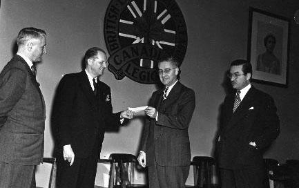 L'Anglais et Germain récompensés à Toronto (mai 47)