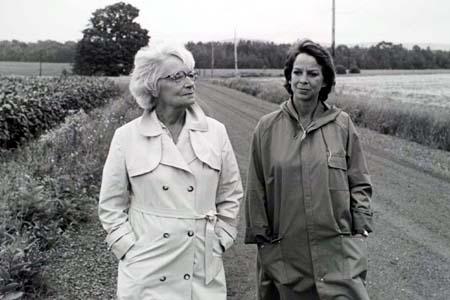 Michèle Magny et Marthe Nadeau : LES FLEURS SAUVAGES de Jean Pierre Lefebvre Photographie Gilles Corbeil