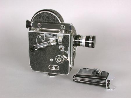 Caméra 16 mm Paillard-Bolex de fabrication suisse. 2008.0008.01-04.20.AP.01 Coll. Cinémathèque québécoise.